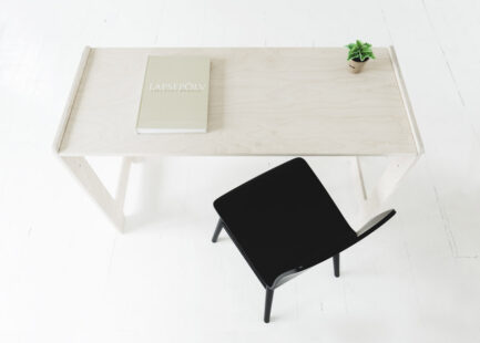 Children's desk Tuul