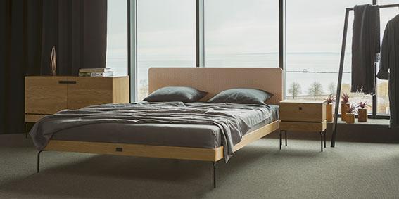Täispuidust magamistoamööbel